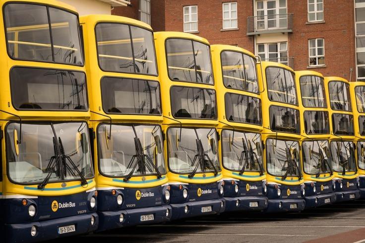 bus-2616074_960_720